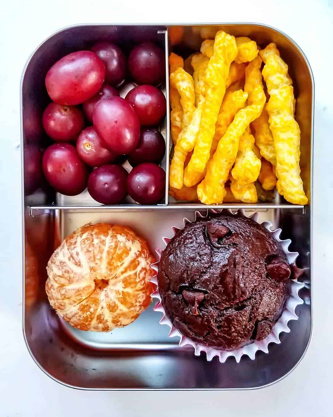 Chocolate Banana muffins, grapes and clementine snack-box